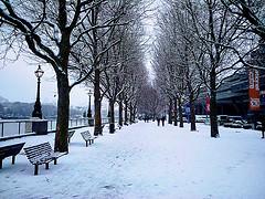 london snow photo